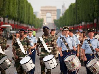 L'Afrique sur les Champs-Élysées : La France serait-elle devenue raciste?