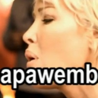 Papa Wemba & Ophelie Winter:[Clip] '' Pas elle '' Ye te oh...