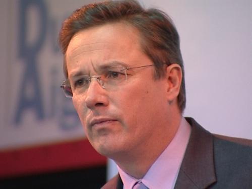 Nicolas Dupont Aignan, candidat en 2012: Sansblagues…