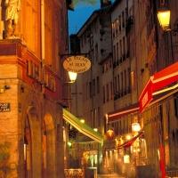 Le Vieux-Lyon et la vieille cité en péril...