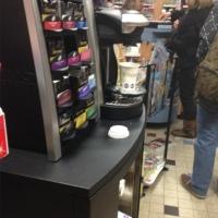 Prendre son café-à-dosette chez son buraliste?...