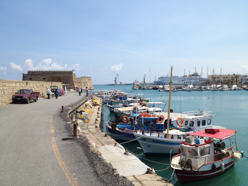 2. Fort venitien Keraklion port