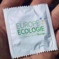 Tiens, un préservatif pour donner vie à l'Europe, c'est écolo...