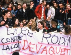 etudiants-manifestation-devaquet