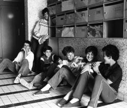 00/07/1981. CITE DES MINGUETTES A VENISSIEUX APRES  LES EMEUTES