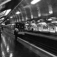 """Du """"racisme ordinaire"""" dans le métro parisien. Billet @croisepattes, loin de #Charlottesville ..."""